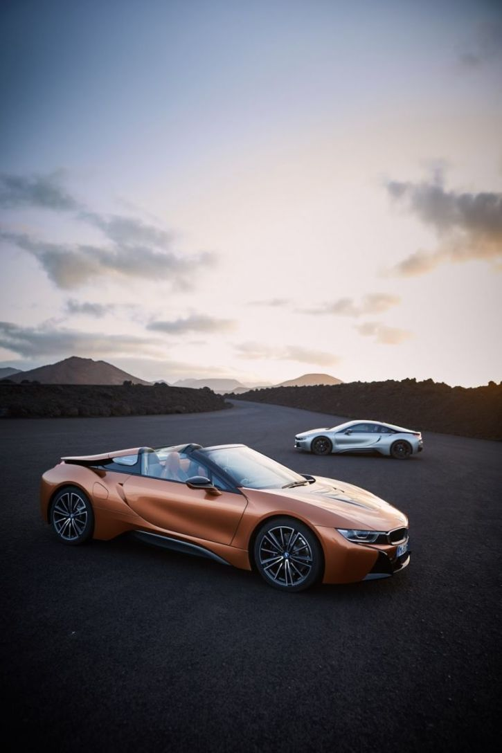 Bmw I8 Roadster Coupe Release Date Specs News Hybrid Sports Cars
