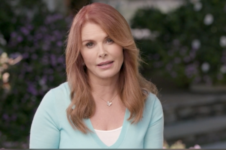 Roma Downey Talks Mothers Death Uses Important Example To