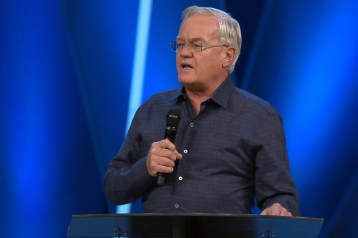 Bill Hybels, Willow Creek Community Church