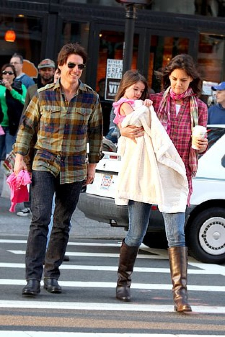 Tom Cruise And Katie Holmes InNot Splitting Up Shock