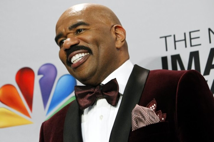 Steve Harvey Adds Faith Based Sweaters To Christmas Collection The