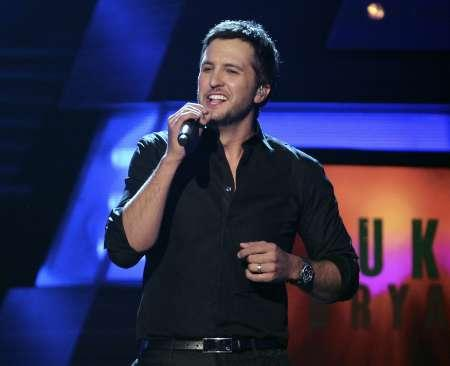 Luke Bryan Loses Brother-in-Law, Relies on Faith During ...