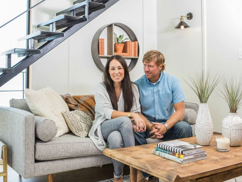 39 fixer upper 39 s 39 final season to feature celebrity guests. Black Bedroom Furniture Sets. Home Design Ideas