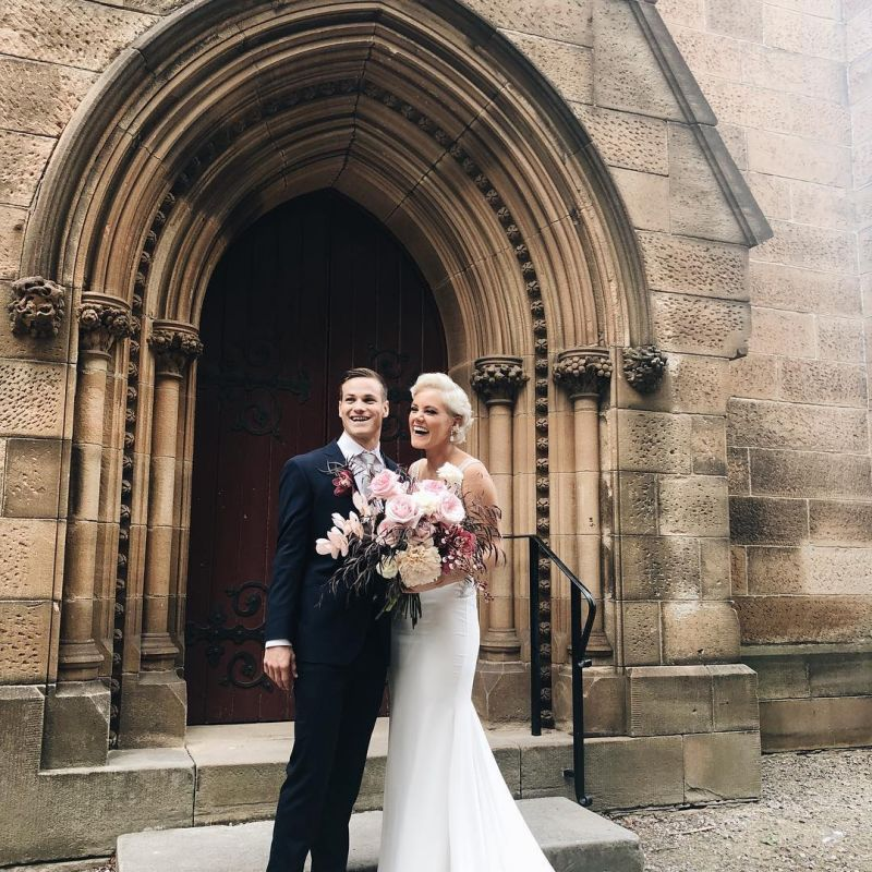 Hillsong S Taya Smith Gets Married In Dream Wedding Dress Ceremony Officiated By Bandmate Photos