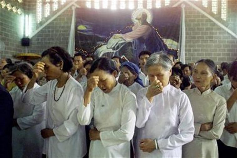 Vietnam Christians beaten, arrested for refusing to worship Buddha and renounce faith in Jesus