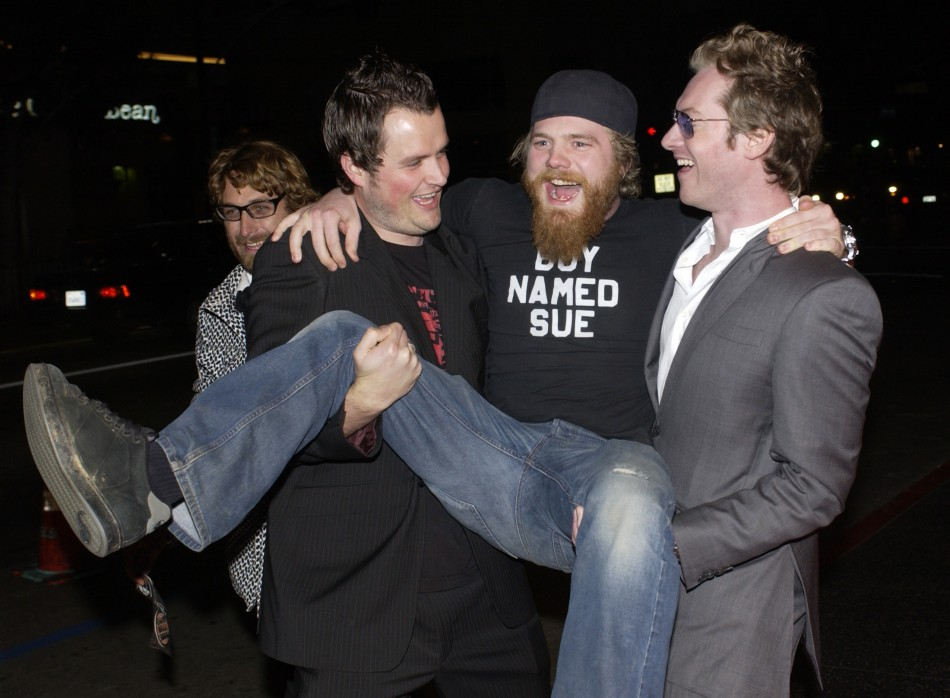 Johnny Knoxville Visits Grave Of Ryan Dunn The Christian Post